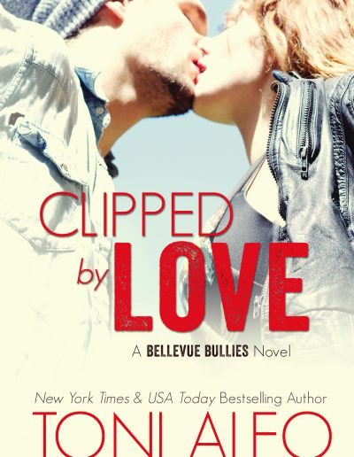 Clipped by Love (Bellevue Bullies #2) by Toni Aleo